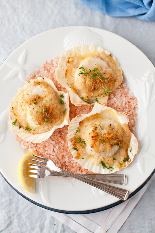Baked Scallops with Cheese and Wine Sauce | Pimped Cooking